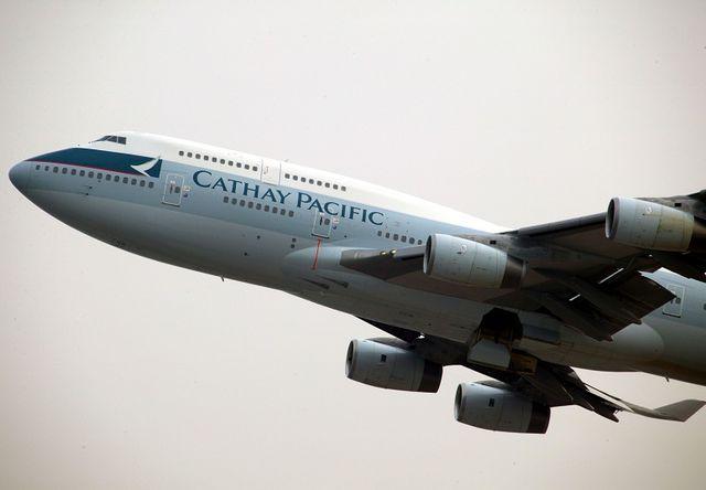 Paura sul volo Perth – Hong Kong Cathay Pacific per atterraggio di emergenza