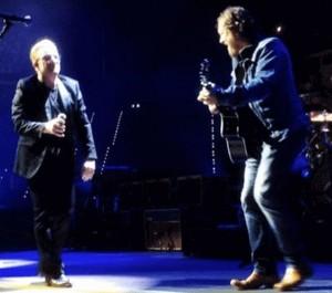 Bono duetta con Zucchero a Torino