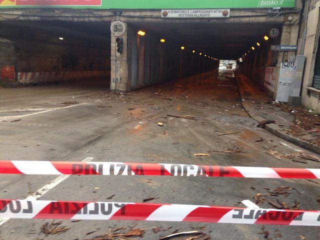 Maltempo a Genova – Sottopasso di Brignole chiuso per allagamento