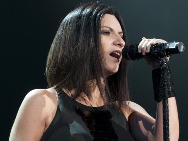 """""""Lato destro del cuore"""", il nuovo singolo di Laura Pausini esce oggi"""