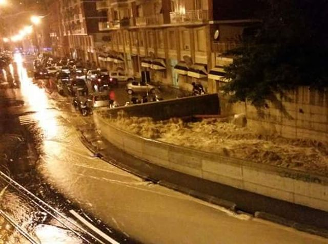 Maltempo a Genova – Notte di paura in via Fereggiano