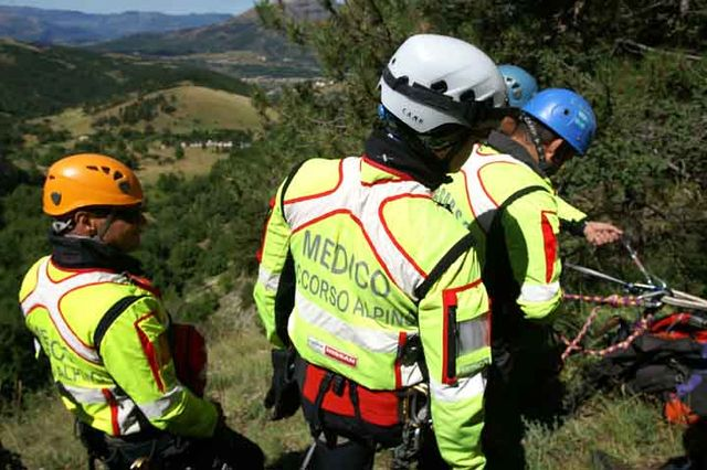 Carvico, cade in mountain bike, interviene soccorso alpino