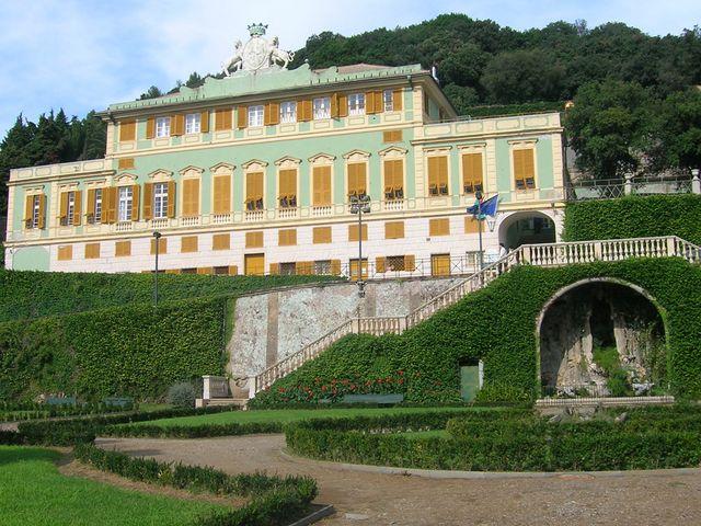 Voltri – Danneggiato il Castello della Villa Duchessa di Galliera appena restaurato