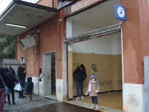 sala d'attesa senza infissi a Voltri