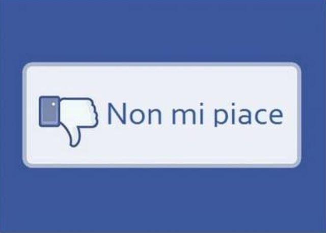 """Facebook, arriva il pulsante """"non mi piace"""""""