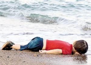 Bimbo morto sulla spiaggia di Bodrum