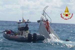 Yacht affondato a Riomaggiore