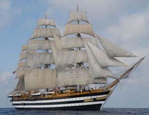 Nave Amerigo Vespucci nel Porto di Genova sino a lunedì 13 giugno