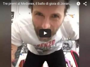 Jovanotti vince tre premi Medimex e balla