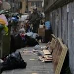 Sampierdarena – Marciapiedi ingombri di spazzatura, scattano le proteste