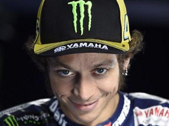 Moto GP – In Giappone Valentino Rossi cade e si ritira. Mondiale a Marquez