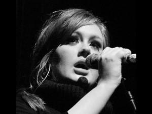 Nuovo record per Adele: oltre un milione di download per