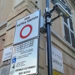 Ventimiglia – Ladri rubano cartelli stradali della ZSL e il Comune li sostituisce