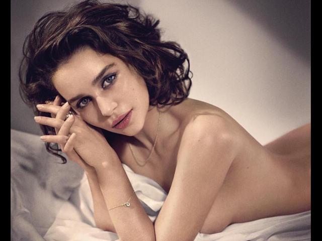 Esquire non ha dubbi: Emilia Clarke è la donna più sexy del mondo