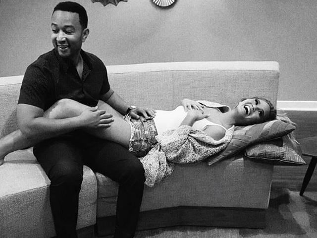 Gossip – John Legend e Chrissy Teigen in attesa del primo figlio, l'annuncio via Instagram