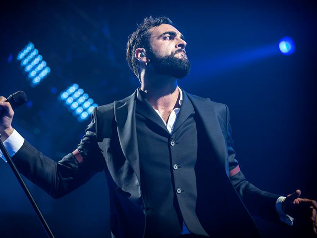 Marco Mengoni vince il Best Italian Act agli Mtv Europe Music Awards 2015