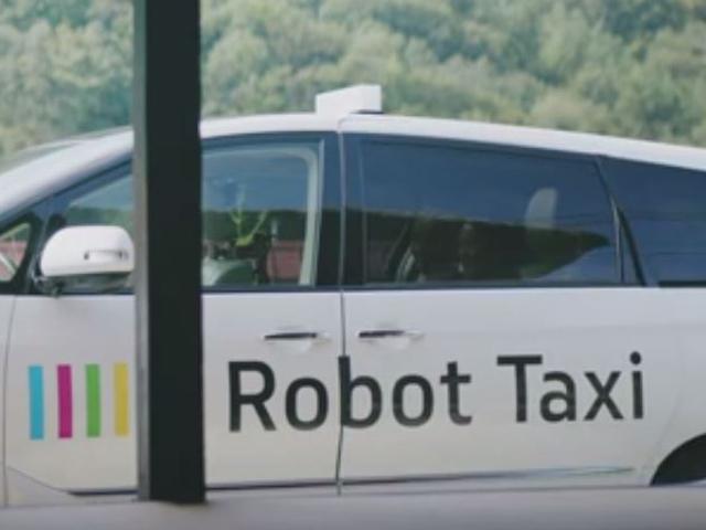 Giappone, arriva il primo taxi senza conducente