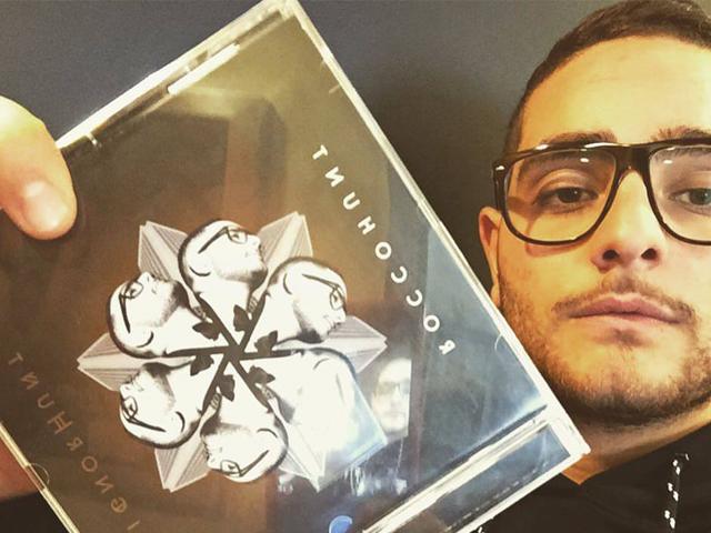 """Rocco Hunt torna con un nuovo disco dal titolo """"SignorHunt"""""""