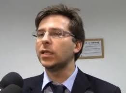 Lorenzo Basso contro Giovanni Toti