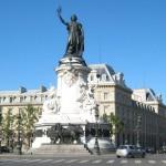Parigi, evacuata place de la Republique, testimoni parlano di spari