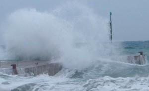 Genova, forti venti di burrasca: diffuso l'avviso per mareggiata intensa