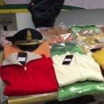 Genova – 84mila vestiti sequestrati dall'Ufficio Antifrode di Genova verranno donati a poveri e popolazioni in difficoltà