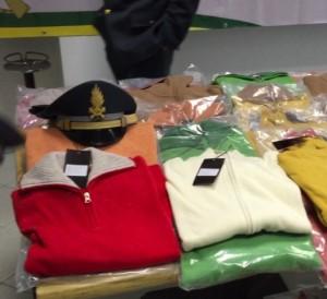 Alcuni vestiti sequestrati