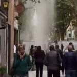 Sestri Ponente – Piazza Baracca allagata da un tubo dell'acqua rotto – VIDEO