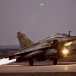 Raid francesi su Raqqa, diluvio di bombe sull'Isis