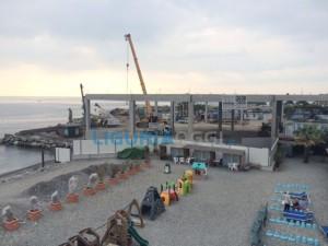 Genova, occupano una scuola abbandonata e si allacciano alla corrente elettrica comunale: denunciati cinque rumeni