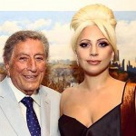 "Lady Gaga e Tony Bennett ancora insieme duettano in ""Baby it's cold outside"""