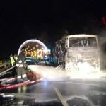 Autobus in fiamme sull'autostrada A12 Genova – Livorno