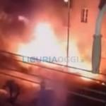 Voltri – Incendio vicino alle abitazioni