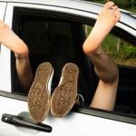 Sesso sfrenato in Autostrada – Giovani multati dalla polizia stradale