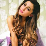Ariana Grande regala ai fan Christmas & Chill, già numero 1 su iTunes