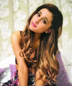 Ariana Grande, disco per Natale