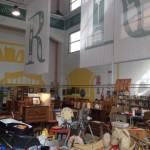 Cornigliano, il 5 e il 19 dicembre apre la Fabbrica del Riciclo. Molta la merce vintage in vendita