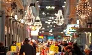 Un mercatino natalizio a Genova