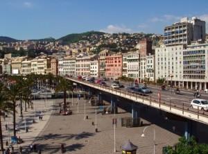 Rallentamenti sulla Sopraelevata, chiusa l'uscita di piazza Cavour