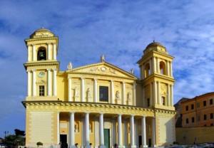 Nella foto, la Basilica di San Maurizio (Imperia)