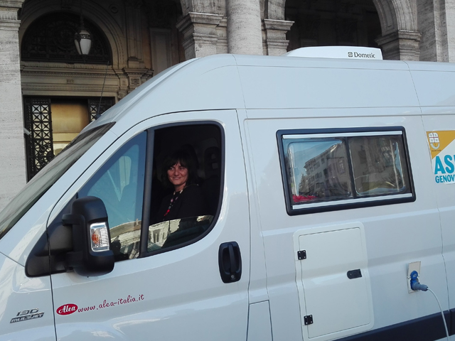 Genova Bolzaneto, sospesi sino a marzo 2018 i lavori sul maxi-distributore dell'Ipercoop