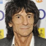 Rolling Stones, Ronnie Wood papà a 68 anni