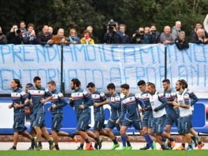 Calcio - Samp, ultimo allenamento prima del ritiro a Catania