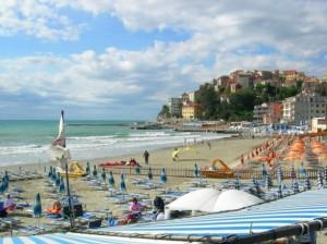 Nella foto, Porto Maurizio (Imperia)