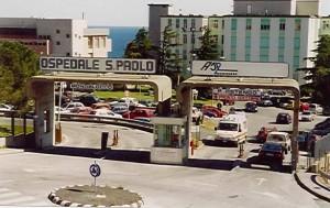 Nella foto, l'ingresso dell'Ospedale San Paolo