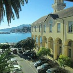 """Rapallo, protesta degli studenti del Liceo """"Da Vigo"""" di fronte al Comune. """"Aule troppo fredde"""""""