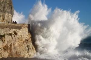 Liguria, venti forti e possibili mareggiate anche nella giornata di mercoledì