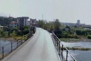 Ponte della Maddalena, ragazza investita da automobile