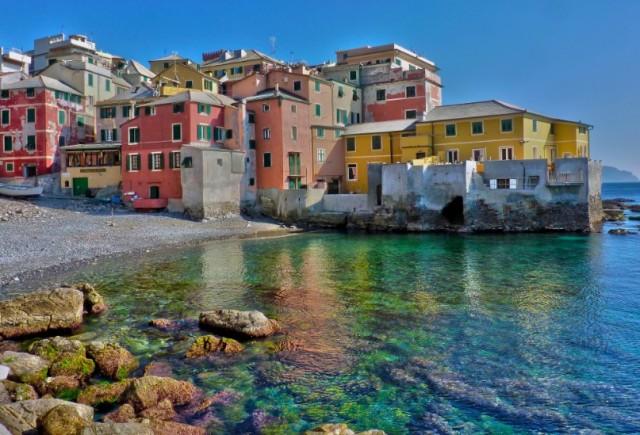 Boccadasse e Capo di Santa Chiara, niente tuffi in mare per inquinamento