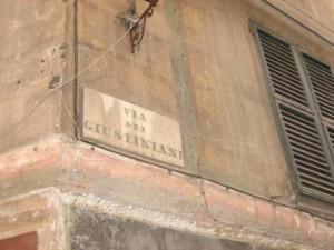 Genova, studente spagnolo derubato nei vicoli